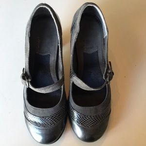 Aerosoles high heel Mary Janes 6.5